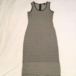 Espresso fitted dress, black/white, Size small